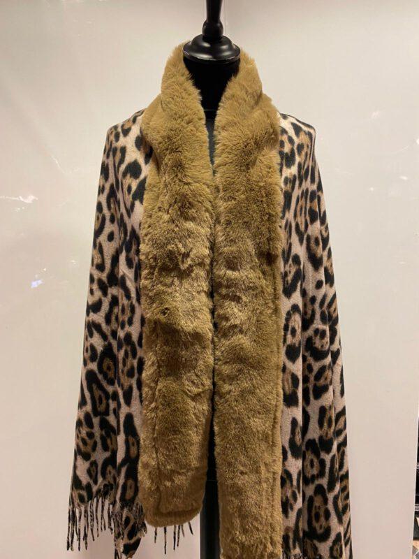 Omslag sjaal bruin met tijgerprint